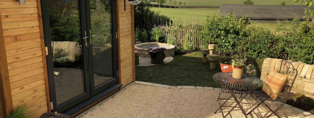 Why you should invest in a summerhouse this summer