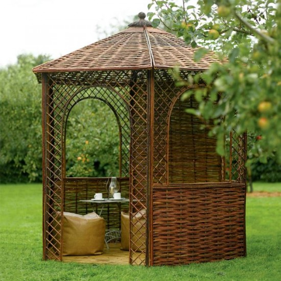 6 Sided Outdoor Willow Gazebo